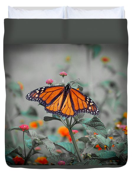 Loving The Lantana  Duvet Cover