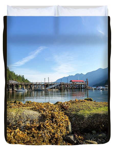 Low Tide At Horseshoe Bay Canada On A Sunny Day Duvet Cover by David Gn