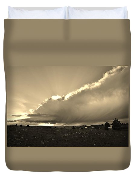 Low-topped Supercell Black And White  Duvet Cover