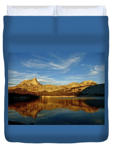 Lower Cathedral Lake Late Afternoon Duvet Cover