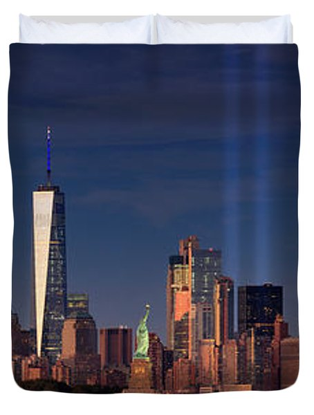 Duvet Cover featuring the photograph Lower Manhattantribute In Light by Emmanuel Panagiotakis