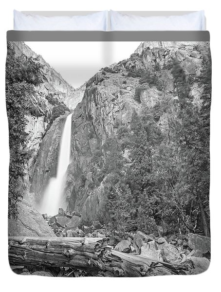 Lower Yosemite Falls In Black And White By Michael Tidwell Duvet Cover