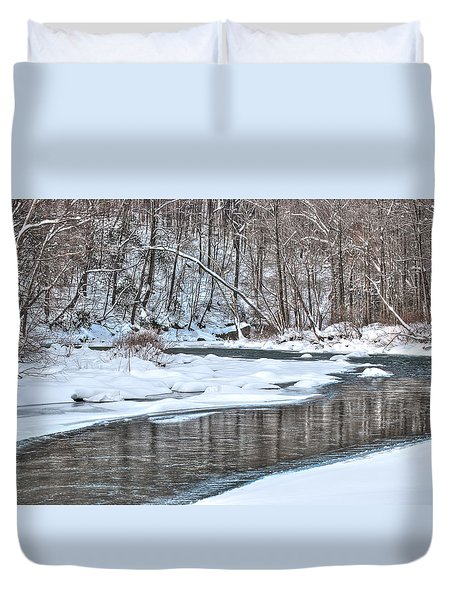 Loyalhanna Creek - Wat0100 Duvet Cover by G L Sarti