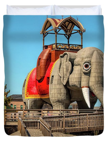 Lucy On The Beach Duvet Cover
