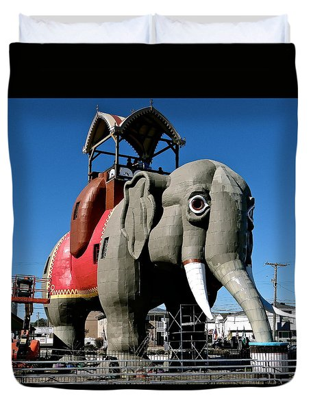 Lucy The Elephant Duvet Cover by Ira Shander