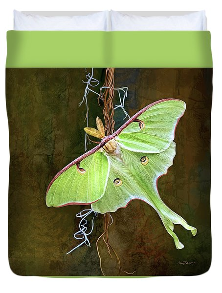 Duvet Cover featuring the digital art Luna Moth by Thanh Thuy Nguyen