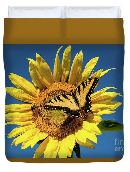 Lunch With Friends Duvet Cover