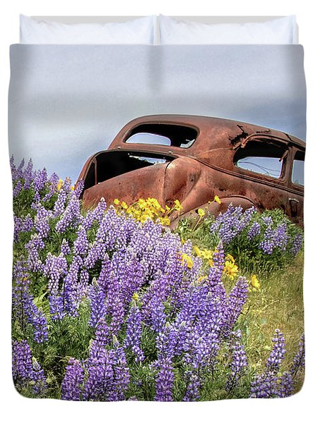 Lupines And Relic Duvet Cover