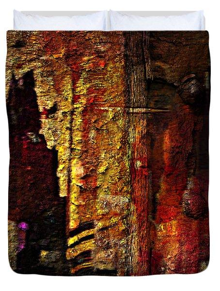 Luray Caverns Burgunday Duvet Cover by Lynda Payton