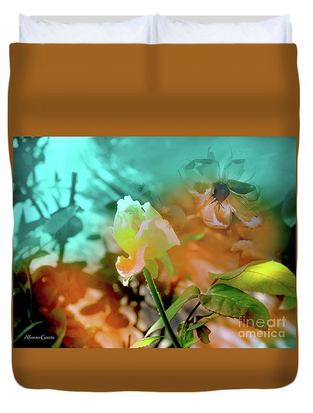 Duvet Cover featuring the photograph Luz Escondida by Alfonso Garcia