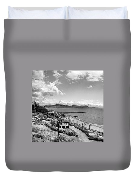 Lyme Regis And Lyme Bay, Dorset Duvet Cover by John Edwards