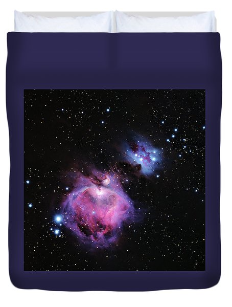 M42--the Great Nebula In Orion Duvet Cover by Alan Vance Ley