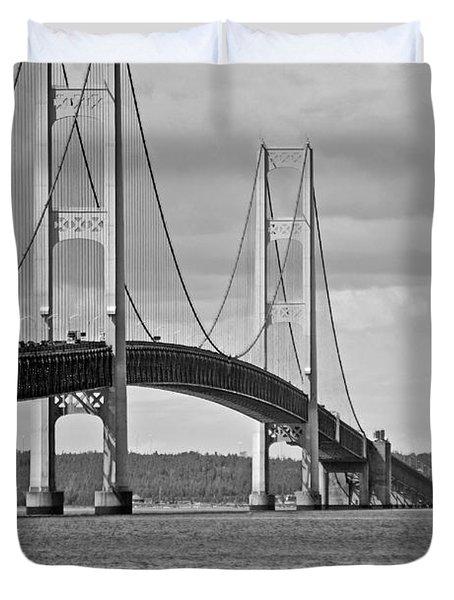 Mackinac Bridge 6111 Duvet Cover