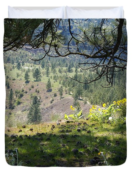 Duvet Cover featuring the photograph Made In The Shade by Ben Upham III