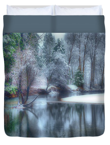 Magical Touch To Yosemite Duvet Cover by Josephine Buschman
