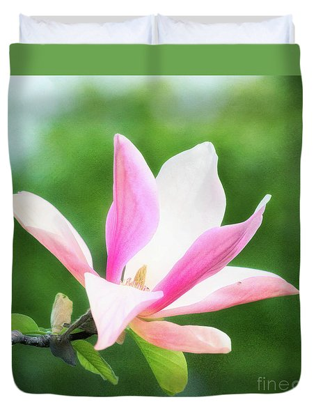 Magnificent Daybreak Magnolia At Day's End Duvet Cover