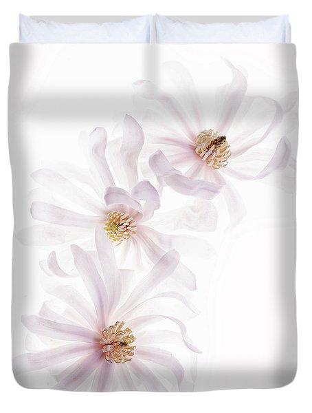 Magnolia Trio Duvet Cover