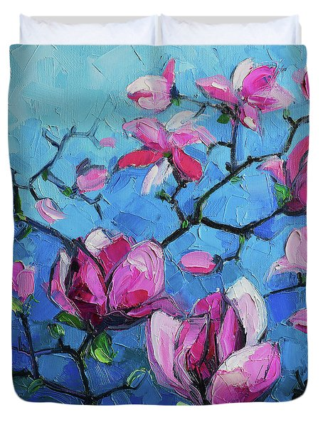 Magnolias For Ever Duvet Cover