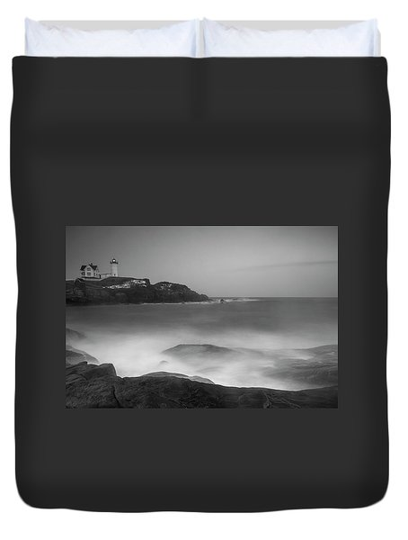 Duvet Cover featuring the photograph Maine Cape Neddick Lighthouse And Rocky Coastal Waves Bw by Ranjay Mitra