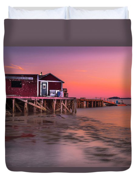 Duvet Cover featuring the photograph Maine Coastal Sunset At Dicks Lobsters - Crabs Shack by Ranjay Mitra