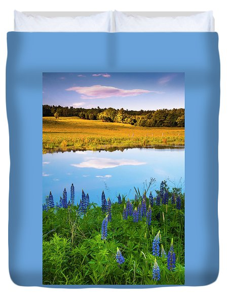 Duvet Cover featuring the photograph Maine Field Of Lupines by Ranjay Mitra