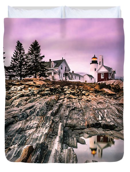 Maine Pemaquid Lighthouse Reflection In Summer Duvet Cover