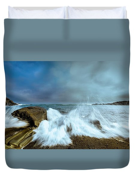 Maine Rocky Coast During Storm At Two Lights Duvet Cover