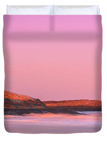 Maine Sheepscot River Bay With Cuckolds Lighthouse Sunset Panorama Duvet Cover