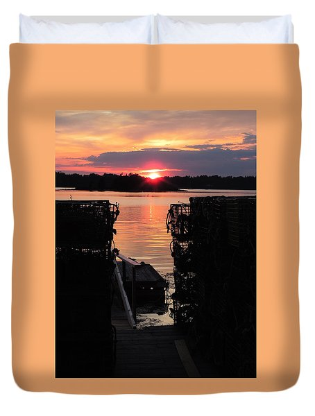 Maine Sunset And Traps Duvet Cover
