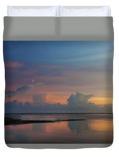 Majestic Rise Duvet Cover