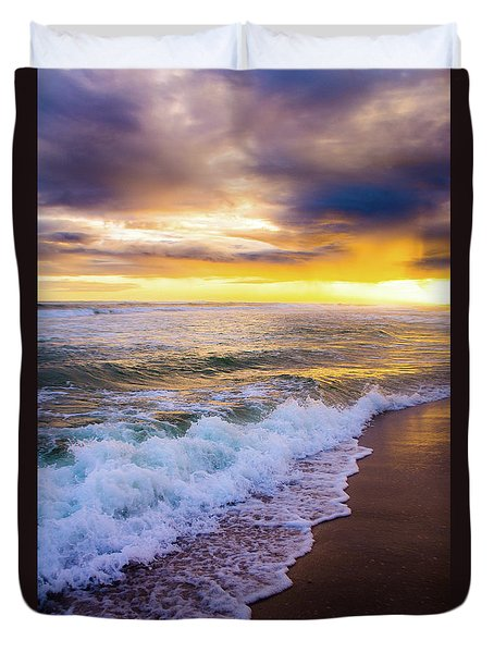 Duvet Cover featuring the photograph Majestic Sunset In Paradise by Shelby Young