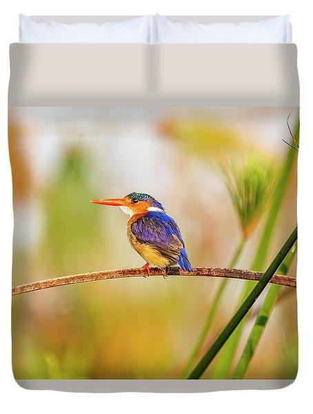 Malachite Kingfisher Hunting Duvet Cover