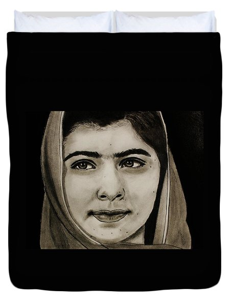 Malala Yousafzai- Teen Hero Duvet Cover