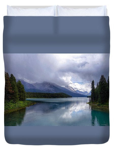 Maligne Lake Duvet Cover
