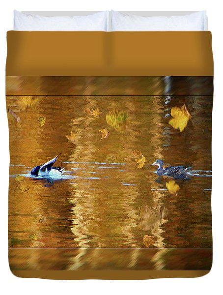 Mallard Ducks On Magnolia Pond - Painted Duvet Cover