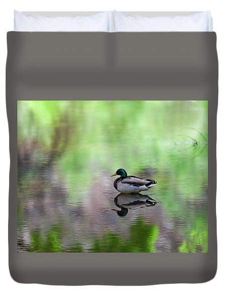 Duvet Cover featuring the photograph Mallard In Reflecting Pool H58 by Mark Myhaver