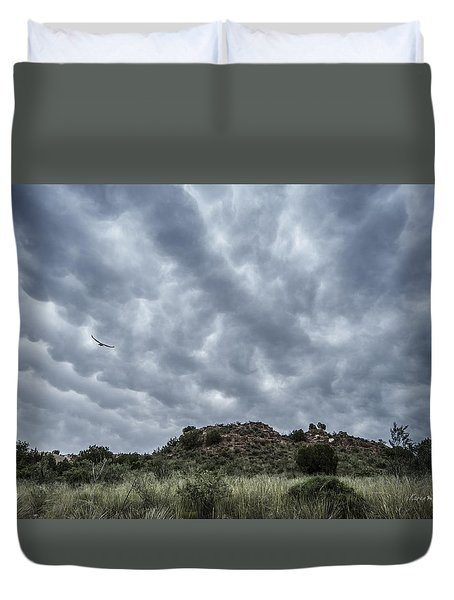 Duvet Cover featuring the photograph Mammatus Sky by Karen Slagle