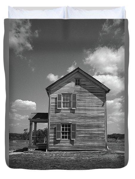 Duvet Cover featuring the photograph Manassas Civil War Battlefield Farmhouse Bw by Frank Romeo