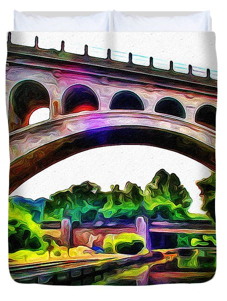 Manayunk Canal And Bridge Duvet Cover by Bill Cannon