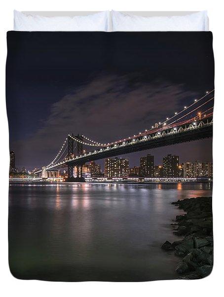 Manhattan Bridge Twinkles At Dusk Duvet Cover