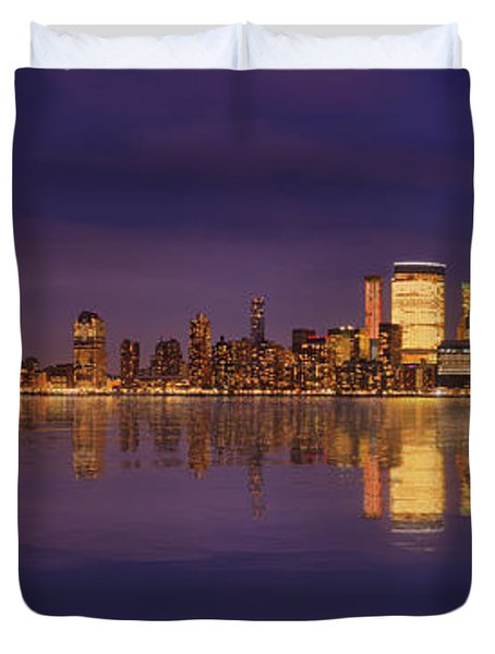 Manhattan, New York At Dusk Panoramic View Duvet Cover