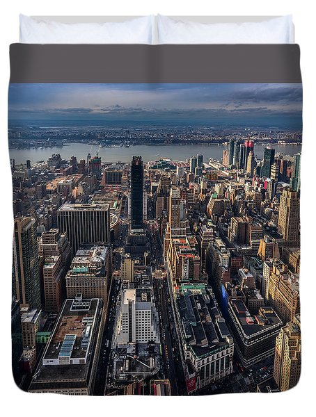 Manhattan, Ny Duvet Cover by Martina Thompson