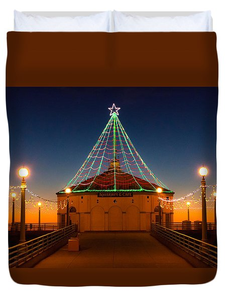 Manhattan Pier Christmas Lights Duvet Cover