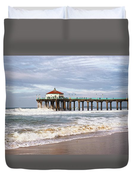 Manhattan Pier With Two Tankers Duvet Cover