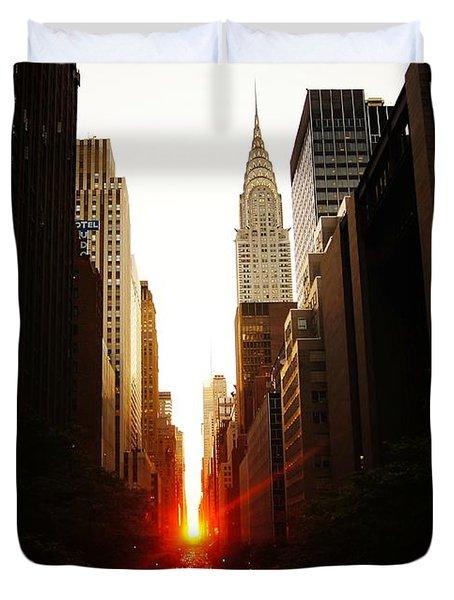 Manhattanhenge Sunset Over The Heart Of New York City Duvet Cover by Vivienne Gucwa