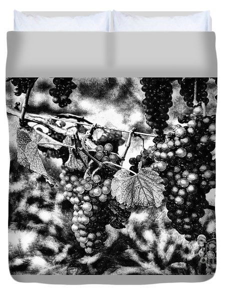Many Grapes Duvet Cover