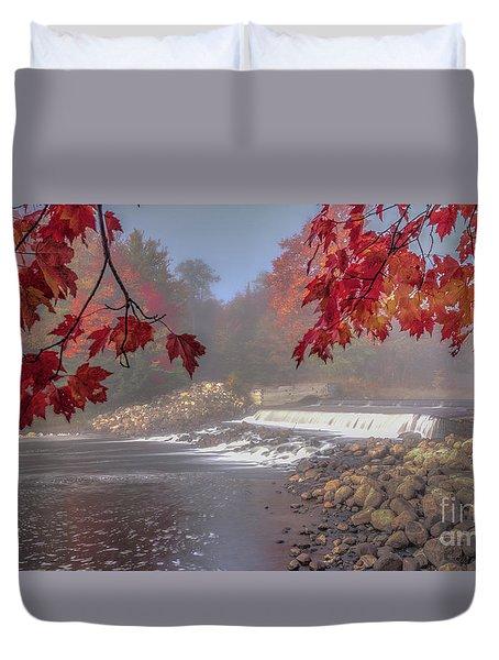 Maple Leaf Frame Ws Duvet Cover