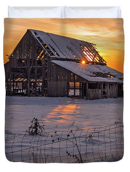 Mapleton Barn Duvet Cover