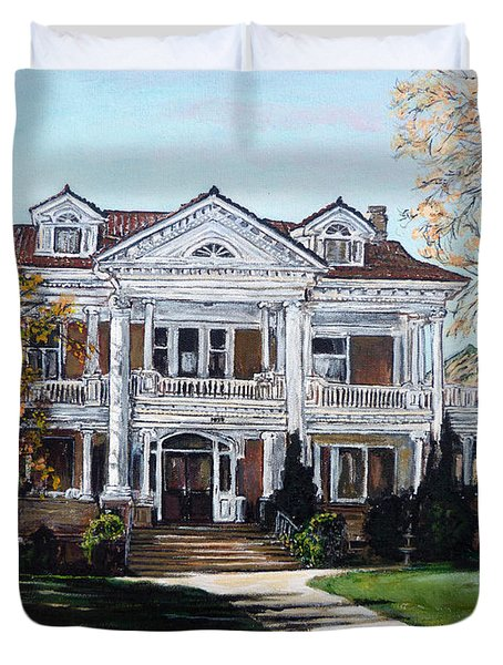 Duvet Cover featuring the painting Mapleton Hill Homestead by Tom Roderick
