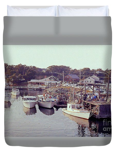 Marina At Lake George Ny Duvet Cover by Merton Allen